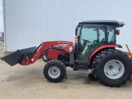 MF1660 Tractor in Red