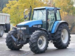 New Holland 8160, 8260, 8360, 8560 Tractor